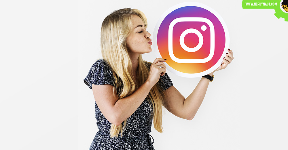 Kissing Instagram logo by a girl