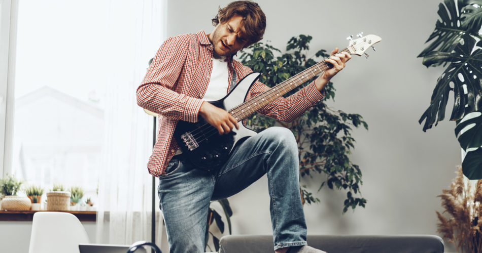 Follow These Useful Tips to Easily Learn How to Play the Guitar