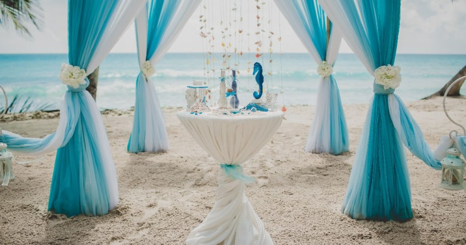 5 Steps to Building a Breathtaking Wedding Aisle on the Beach
